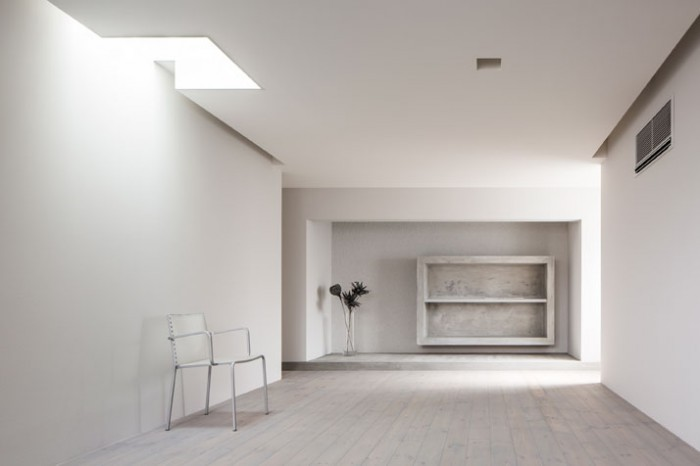 6as_Framing_House_Shiga_Japan_by_Kouichi_Kimura_Architects_yatzer-700x466
